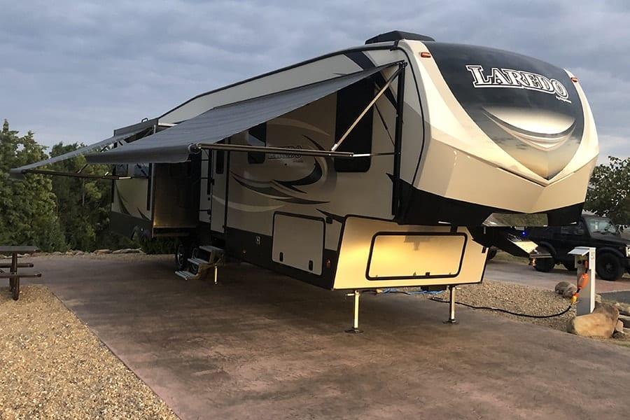 RV Camper Rental East Tennessee